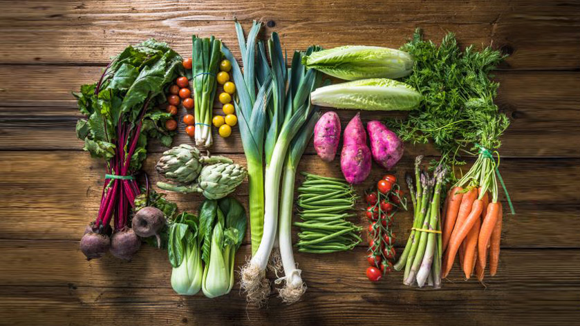 Fresh Fruits & Veggies delivered straight to your house: 5 farms that make your life healthier & easier!
